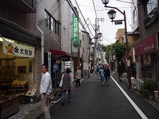 nezu-street1.jpg