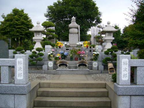 石原裕次郎墓