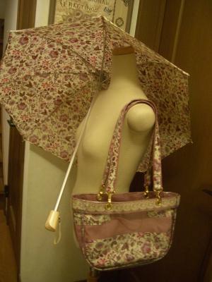 リバティの日傘とお揃いのバッグ完成