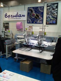 工業用刺繍機