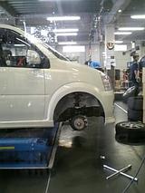 タイヤが~無い状態。