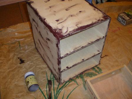 茶色をコーナーに塗ります