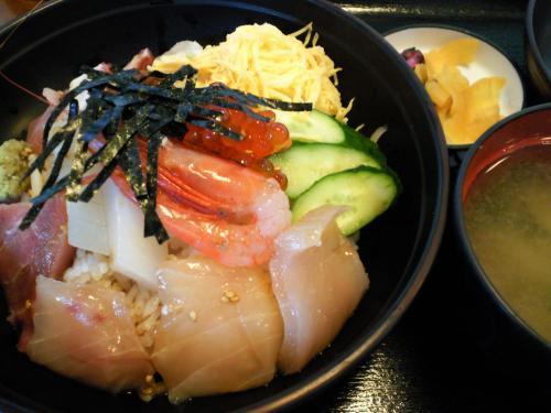 海鮮丼(26.10.9)