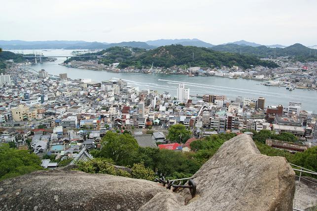 尾道市を見下ろす