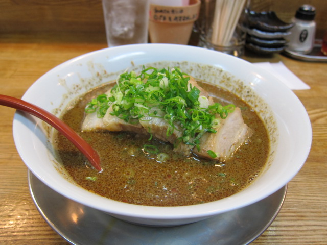 激辛黒叉焼担々麺