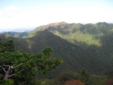 16 山上ケ岳1719m