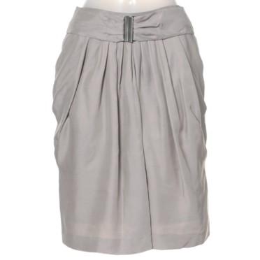 春 スカート