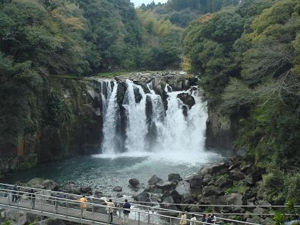 100331滝 002ブログ