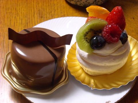 SUIのケーキ