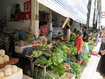 ベンタイン市場 野菜売り