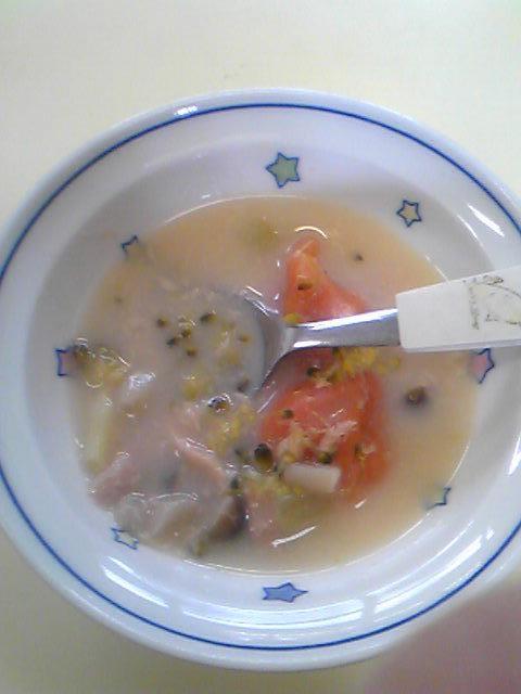 トマトのすいとんミルクスープ