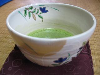 ききょうのお茶碗