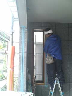 未来住建 外壁塗装・目地打ち①