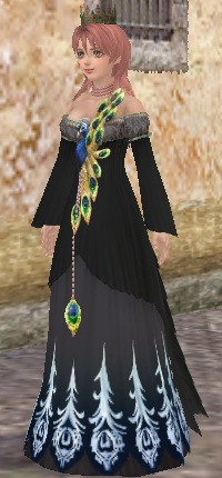 黒の孔雀ドレス