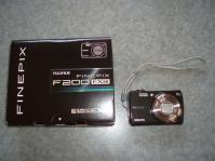 FinePix F200EXR