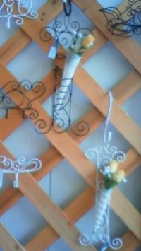 ワイヤーと花