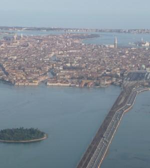 飛行機から、りベルタ橋