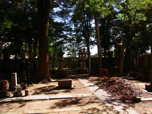 堀田家の墓所