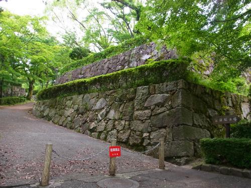 亀井城石垣