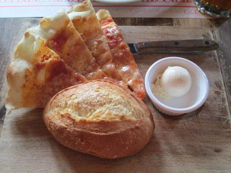 パン&ピッツア