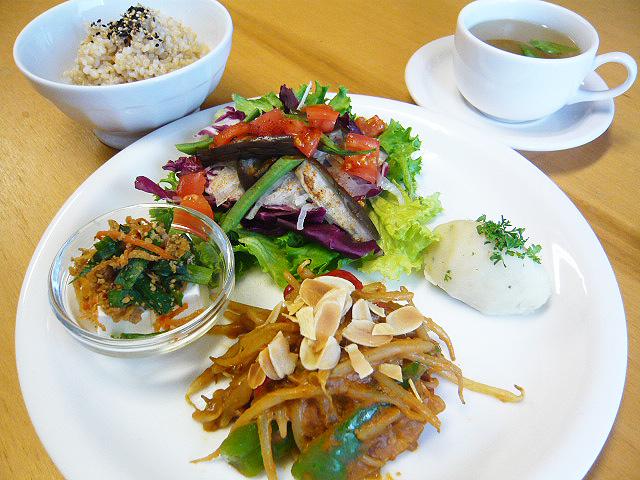 lunch_1306.jpg