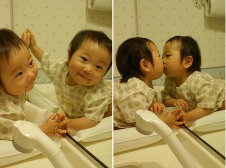 鏡が大好き♪