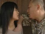 人妻熟女動画 : 行きずりの男とバス停やその裏でヤリまくる人妻