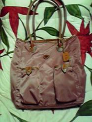 初めてのピンクのバッグ