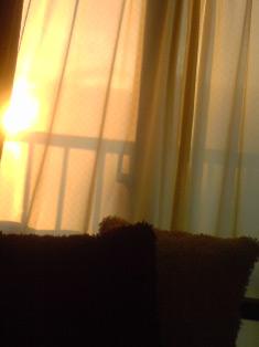 110217_1708~たそがれ窓