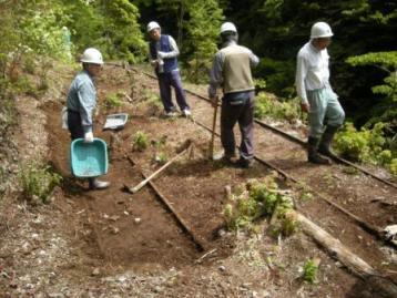 森林鉄道軌跡掘り出し