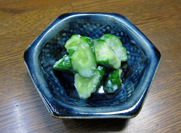 胡瓜の塩糀漬け