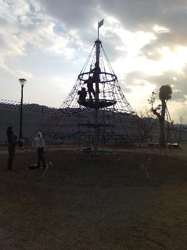 脇公園・ピラミッド