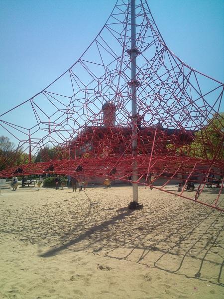 春日公園・新しくなったアスレチック