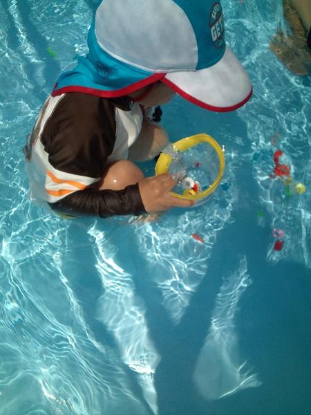 保育園でプール③
