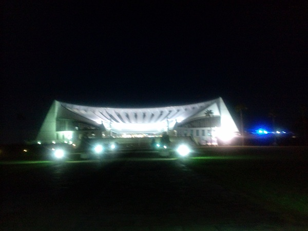 夜の水族館①