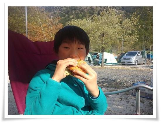 朝食ハンバーガー