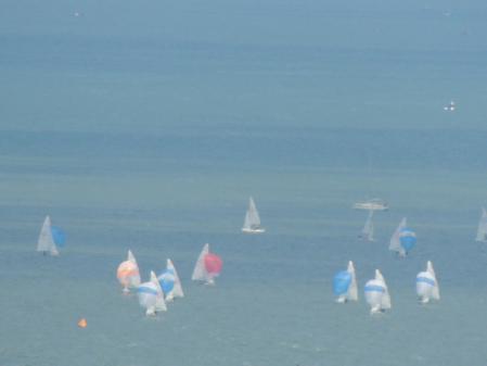 0604湖上のウインドサーフィン
