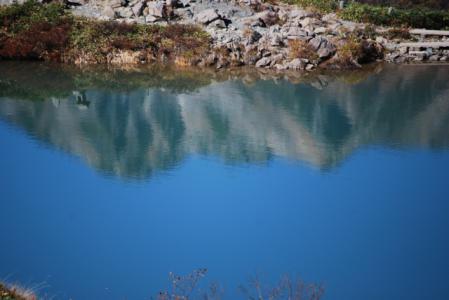 7593八方池水面