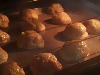 オーブンの中のきなこクッキー