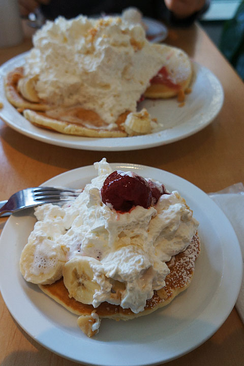 eggsn_pancake04.jpg