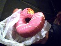 ドーナツ (いちご)