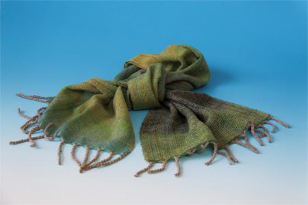 52 羊毛のショール 飯島宏子
