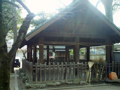 那古野神社厩舎