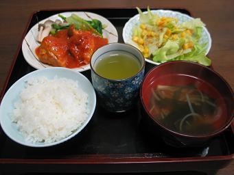 03-05 チキンのトマト煮夕食
