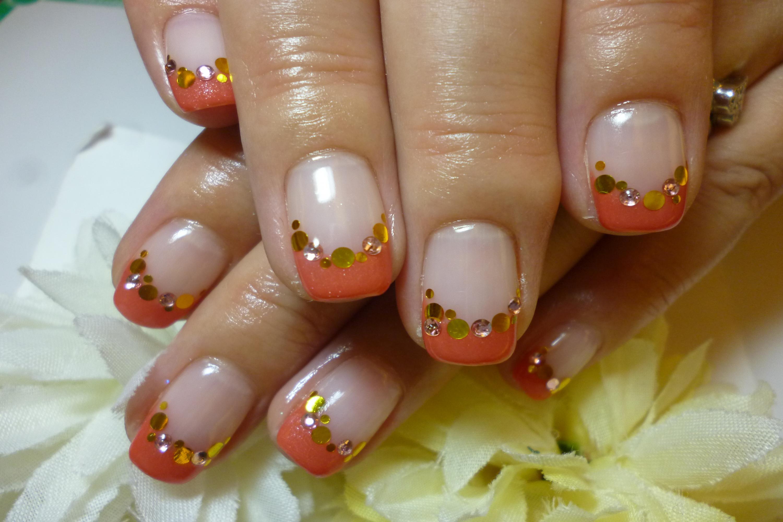 2013ネイルデザイン こっくり秋オレンジのフレンチネイル ゴールドホログラムストーンアートネイル