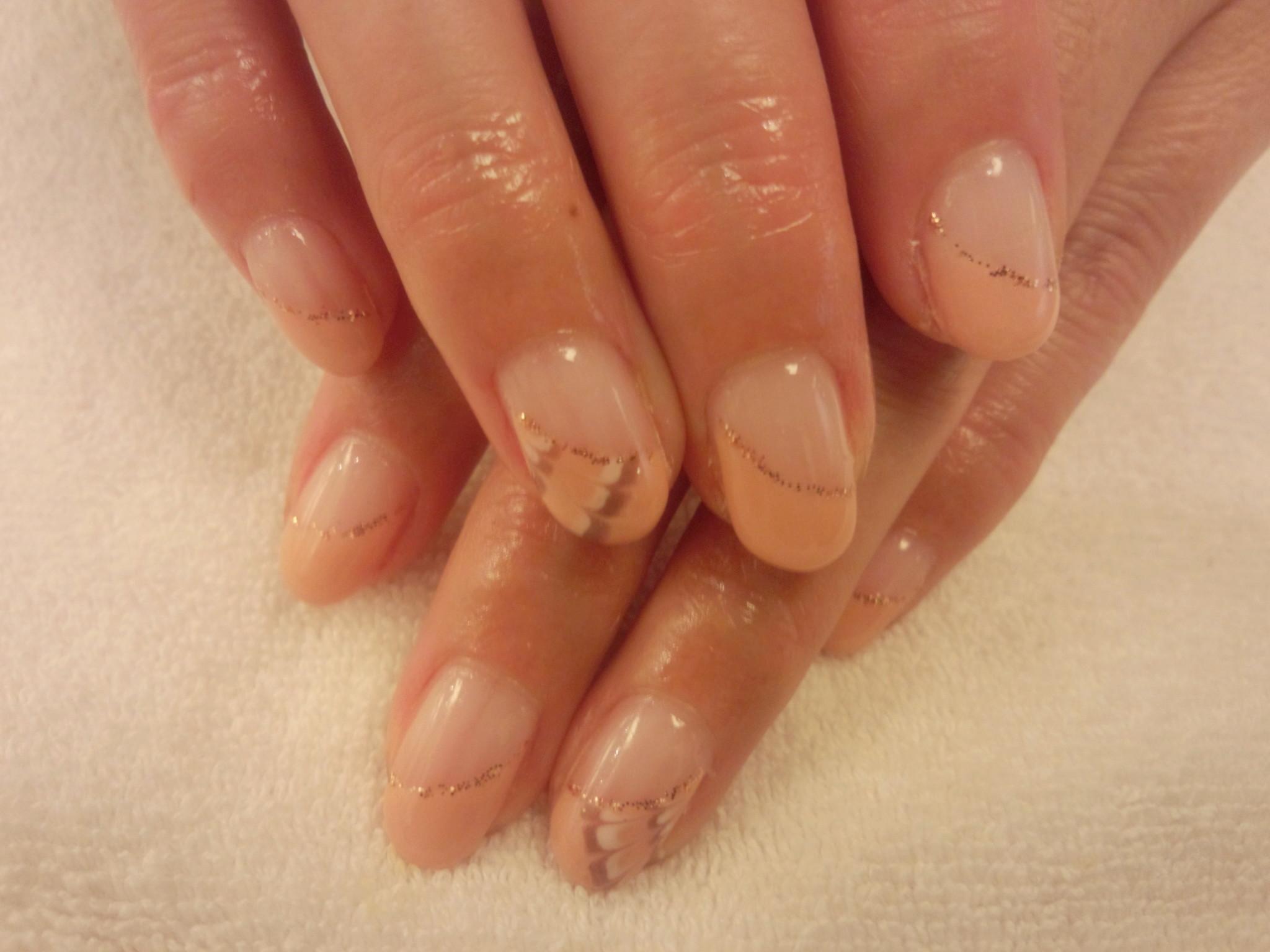 ピーコック柄ネイル 春 ネイル ジェルネイル ピンク フレンチ 斜めフレンチ 大宮 ネイルサロン 上品