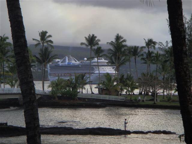 Cruise Ship 040210