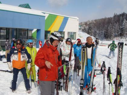 銀嶺会2泊3日奥美濃スキー行(鷲ケ岳スキー場)