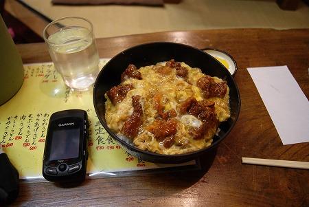 三重 カラアゲ丼
