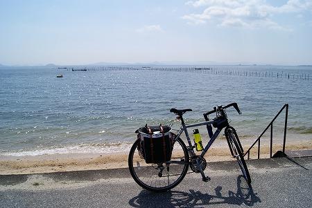 琵琶湖とジェー君ベストショット